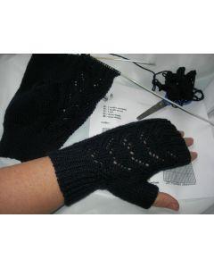 kit tricot mitaines 100% cachemire coloris bleu marine