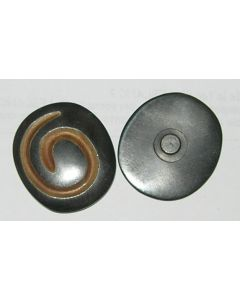 grand bouton knopf en corne 40 mm coloris marron foncé