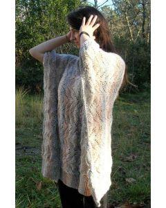 collection ligne noire - poncho Angelina Safir en kit à tricoter du 4 ans au 58/60
